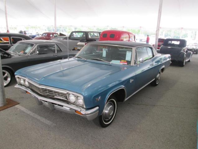 Chevrolet_1966_396_Caprice_